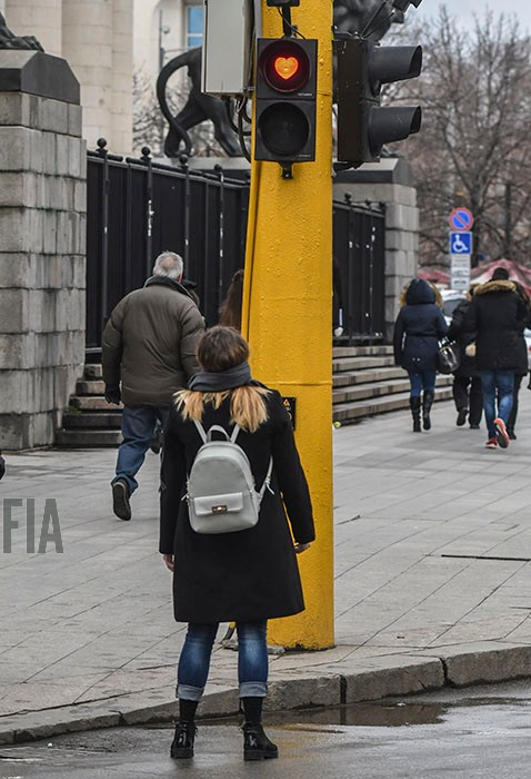 valentines-day-traffic-light-in-sofia