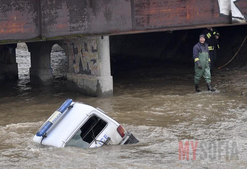police-car-incident