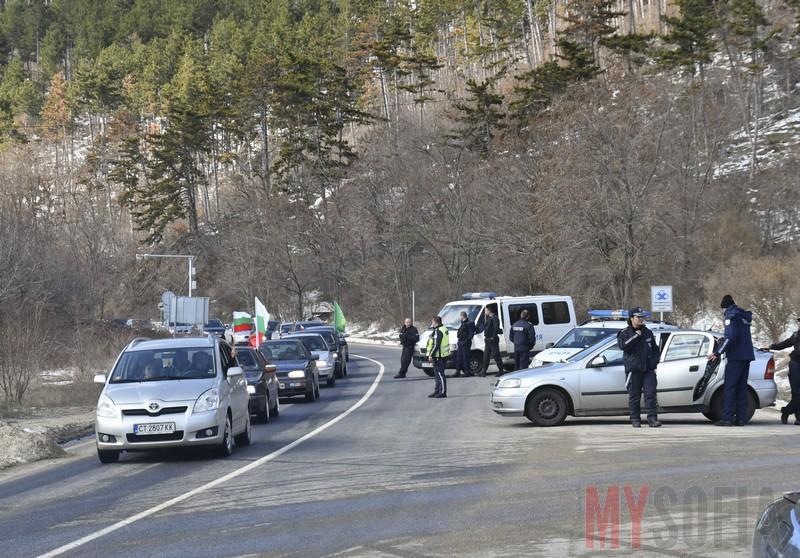 traffic-shipka-police