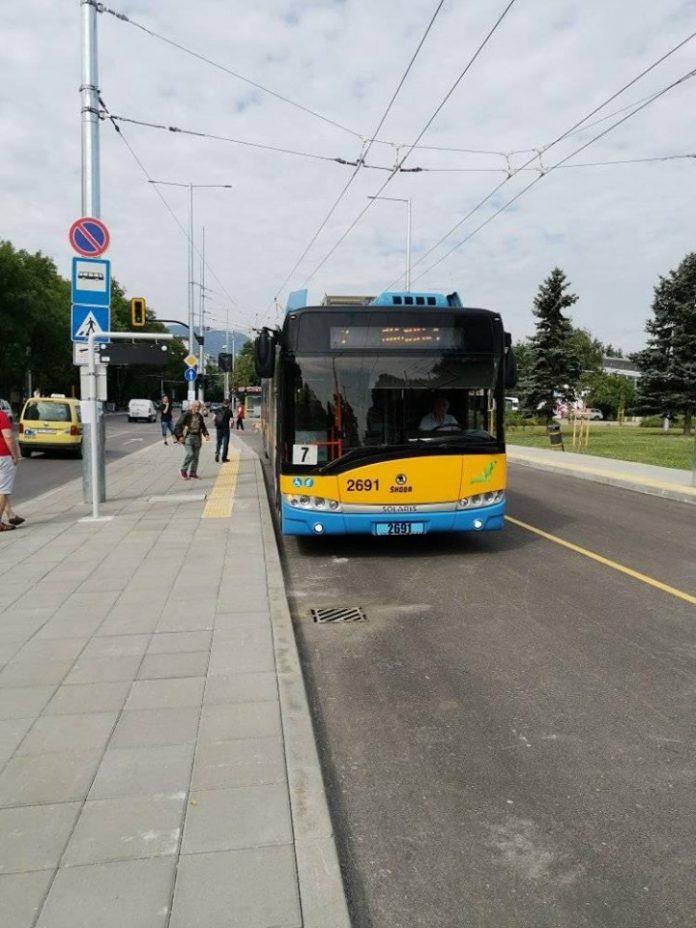 troleybus-7