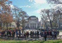 Поклонение Стефан Данаилов пред Народния театър