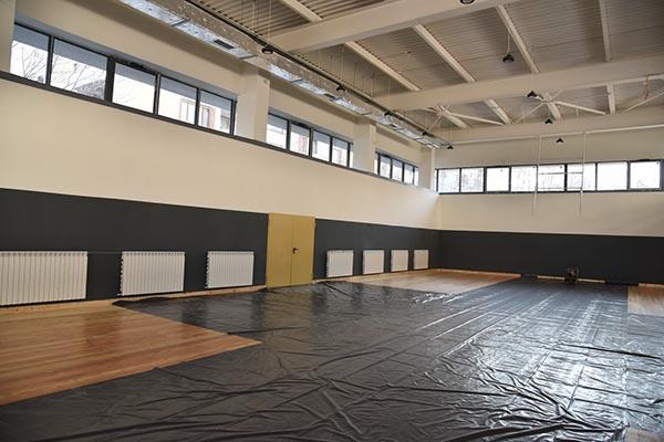 Физкултурен салон на 30-о училище