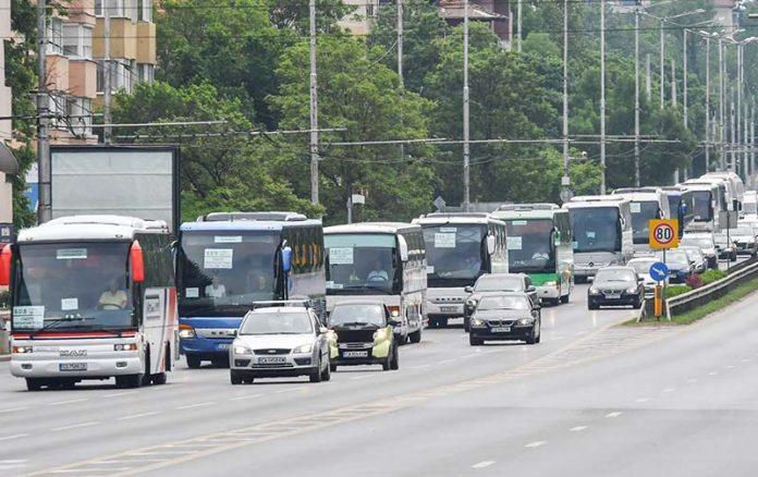 превозвачи-автобуси